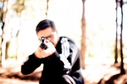 Víte, jaký zvolit postup při ozbrojeném útoku?